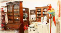 Timeless 'n Classic Antique Mall in Rockville