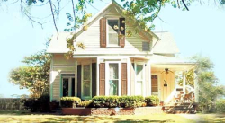 Monarch Bed & Breakfast in Rockville