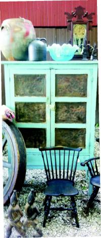 Bloomin' Barn Antiques in Bloomingdale